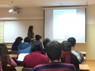 Presentación a Estudiantes de la Universidad de Barcelona