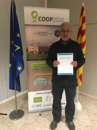 Las fincas Dalmau y Pau reciben el manual sobre las instalaciones hibridas eólicas